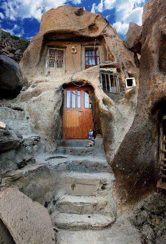 یکی از زیباترین و قدیمیترین خانه های کندوان