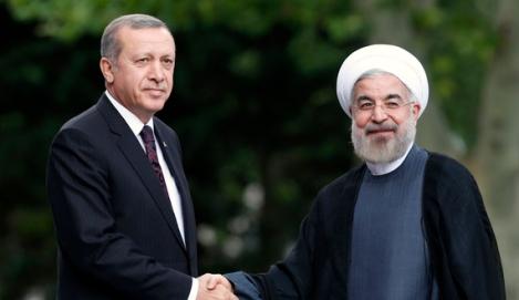 Rouhani is welcomed by Erdogan in Ankara