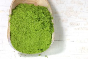The-Many-Uses-of-the-Mighty-Moringa-Tree-Moringa-Powder-300x200